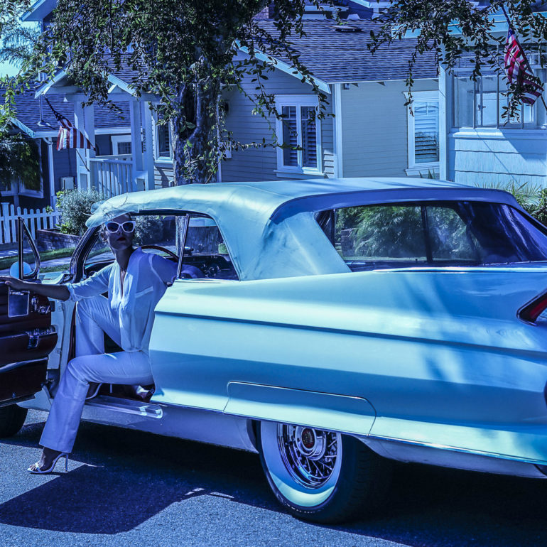 Jeremy De Backer JDB US Cliches LuNe Cadillac bibi maison drapeau USA bleu sharp