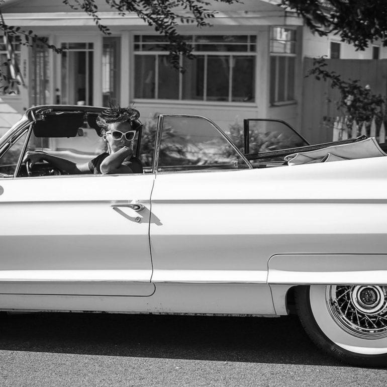 Jeremy De Backer JDB US Cliches LuNe Cadillac decapotable drapeau bibi USA NB
